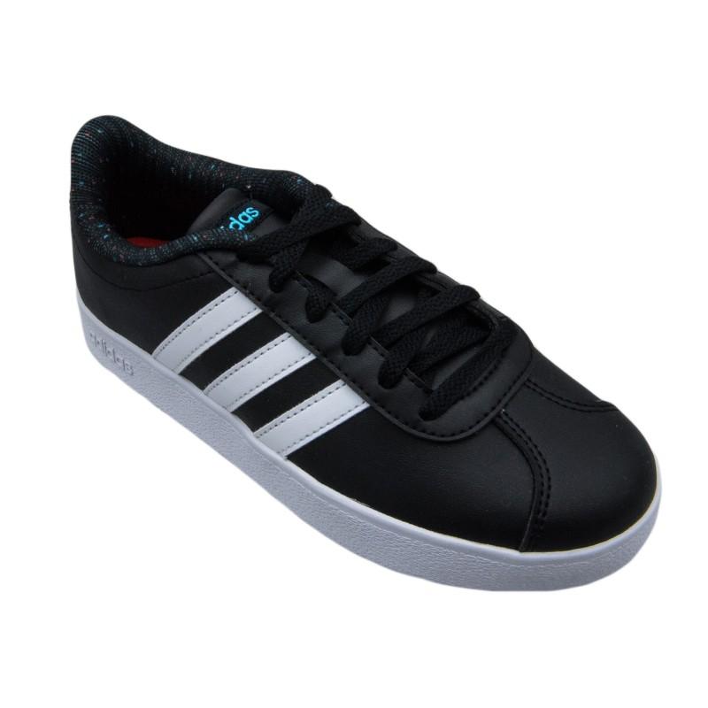 Αυτό το παιδικό αθλητικό παπούτσι ADIDAS UNISEX VL COURT μαύρο είναι από τα  πιο κλασικά και πολυαγαπημένα παιδικά παπούτσια για αγόρια και κορίτσια. feed58e7347